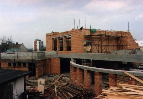 Stavba 3